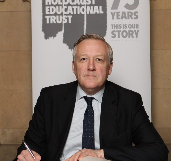 Kevan signs Holocaust Educational Trust Book of Commitment