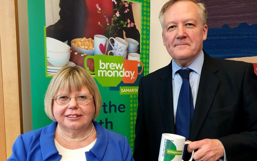 Kevan joins Samaritans in Parliament to celebrate Brew Monday